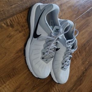 Nike size 8 shoes